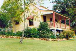 Mango Hill Cottages Bed  Breakfast